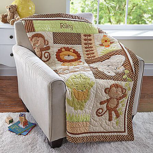 baby-shower-gifts_quilted-blanket.jpg